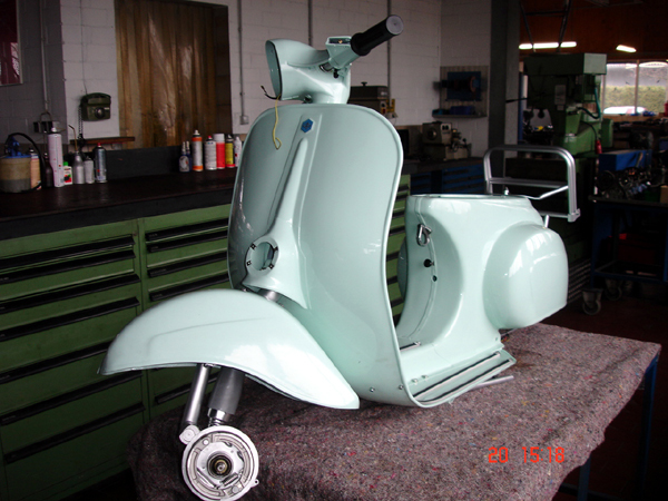 oldtimer restauration ch greiwe in sendenhorst vespa 50 n. Black Bedroom Furniture Sets. Home Design Ideas